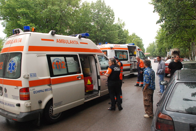 Slobozia: Ambulanță implicată într-un accident